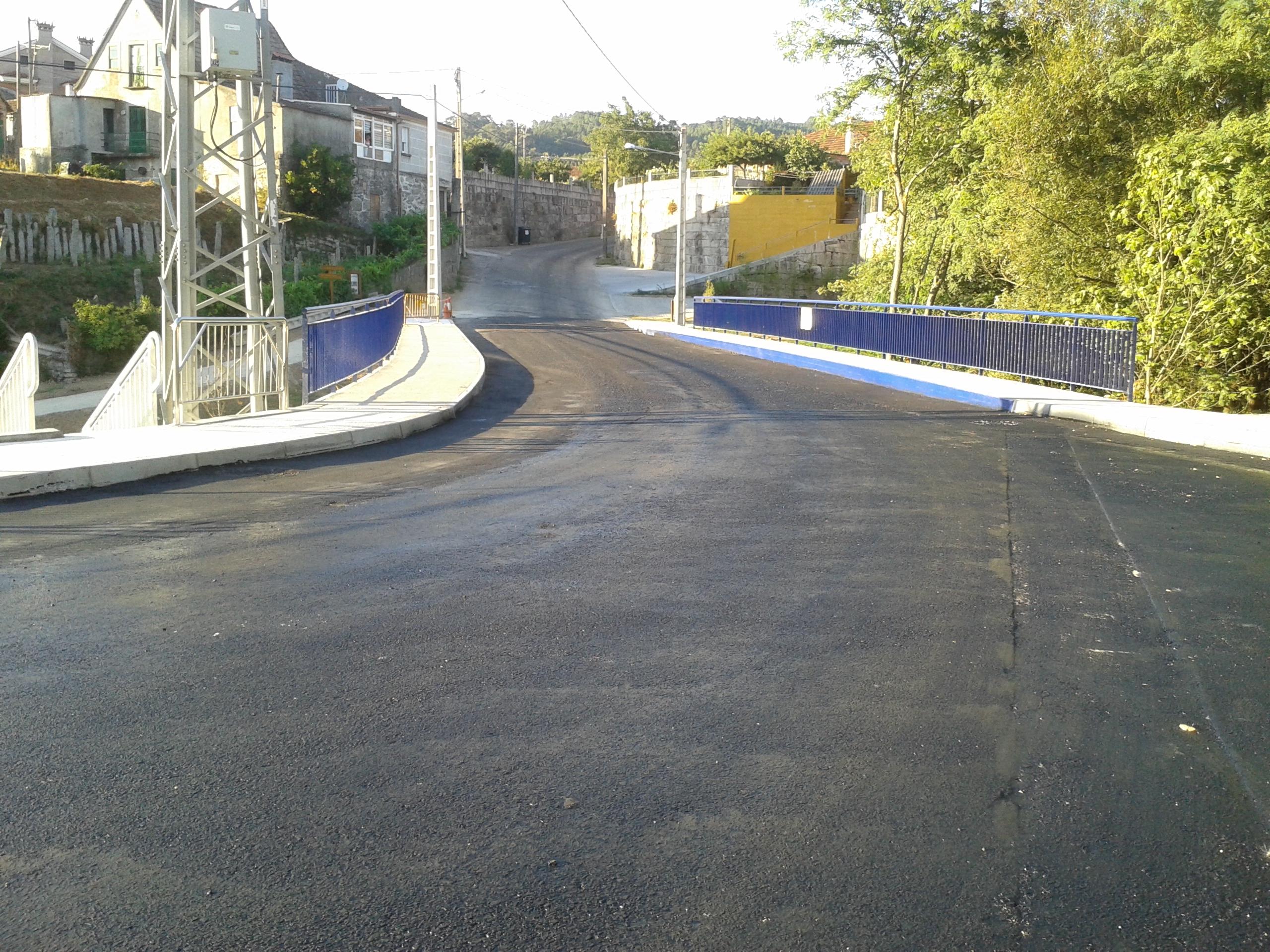 Rematan As Obras Da Pasarela Metálica De Acceso Ao Barrio De Canedo E San Vicente