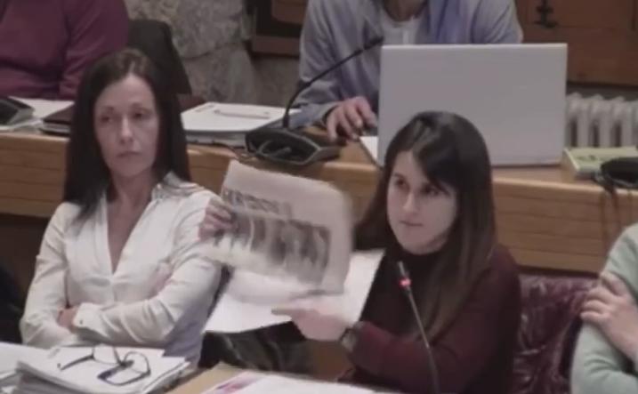 """O GOBERNO DE PONTEAREAS GASTA MÁIS DE 3.000 EUROS NA SUBSCRICIÓN AO DIARIO """"SERMOS GALIZA"""" PARA QUE O LEAN OS ESCOLARES DO MUNICIPIO"""
